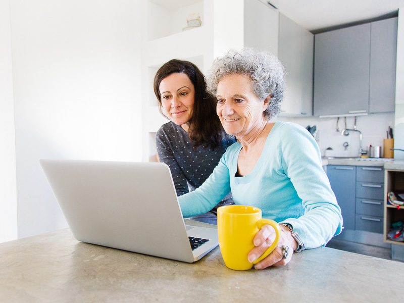 Helping the elderly stay in touch digitally